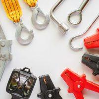 Herramientas básicas para cargar en el auto